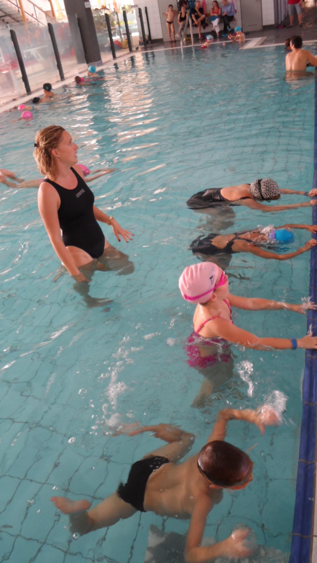 KESI úszásoktatás Hajdú Enikővel