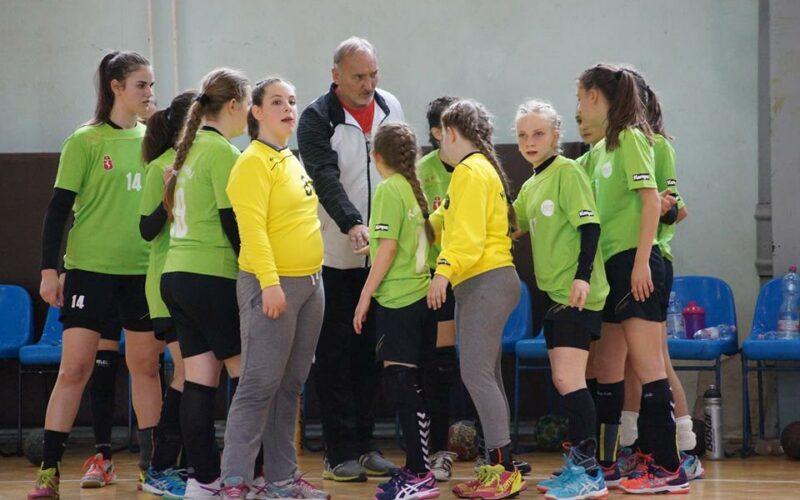 Bajnoki győzelem küszöbén az U13 leány kézicsapat