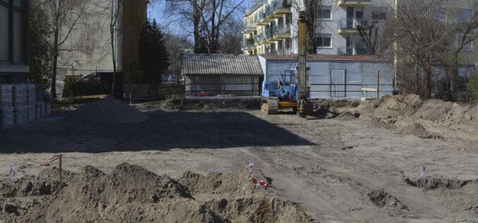 Megkezdődött a Bányai Júlia Gimnázium sportcsarnokának építése