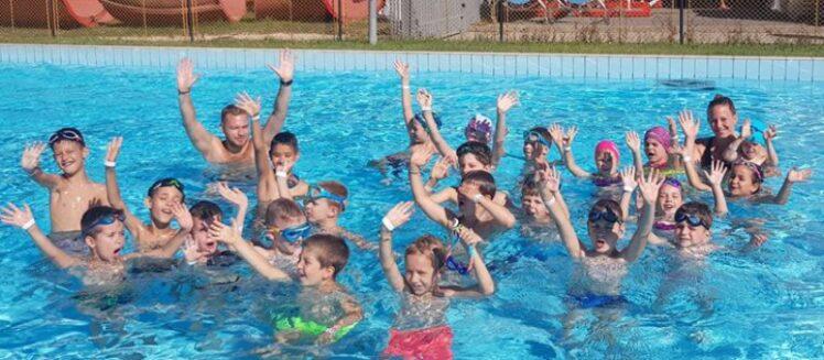 Megnyílt a jeletkezési oldal a KESI úszásoktatására