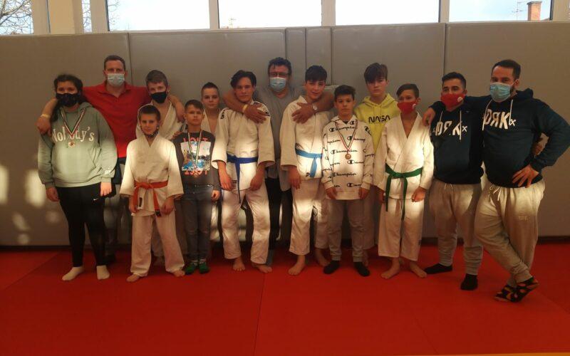 Kilenc érmes helyezést szereztek a Sportiskola judosai