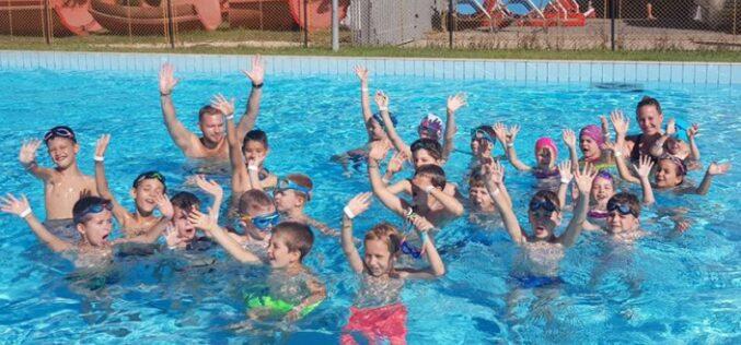Befejeződött a jelentkezés az úszásoktatásra